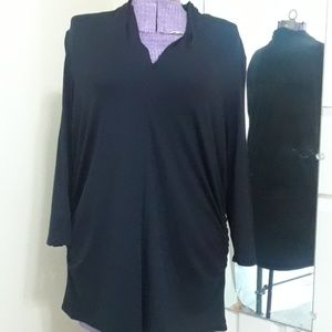 Vince Camito black side ruched top size 2X